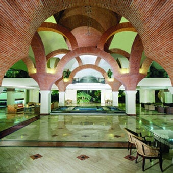 Velas Vallarta Suite Resort - Honeymoons