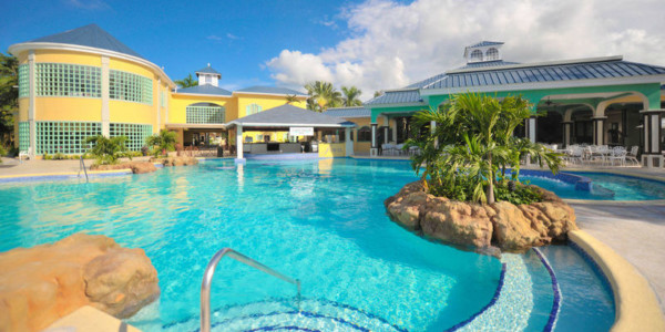 Jewel Paradise Cove Beach Resort & Spa - Spa Vacations