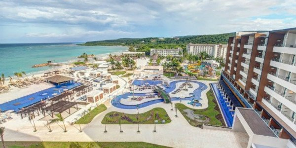 Royalton Blue Waters – Montego Bay - Jamaica Vacations
