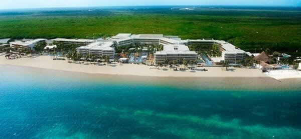 Breathless Riviera Cancun Resort & Spa - Honeymoons